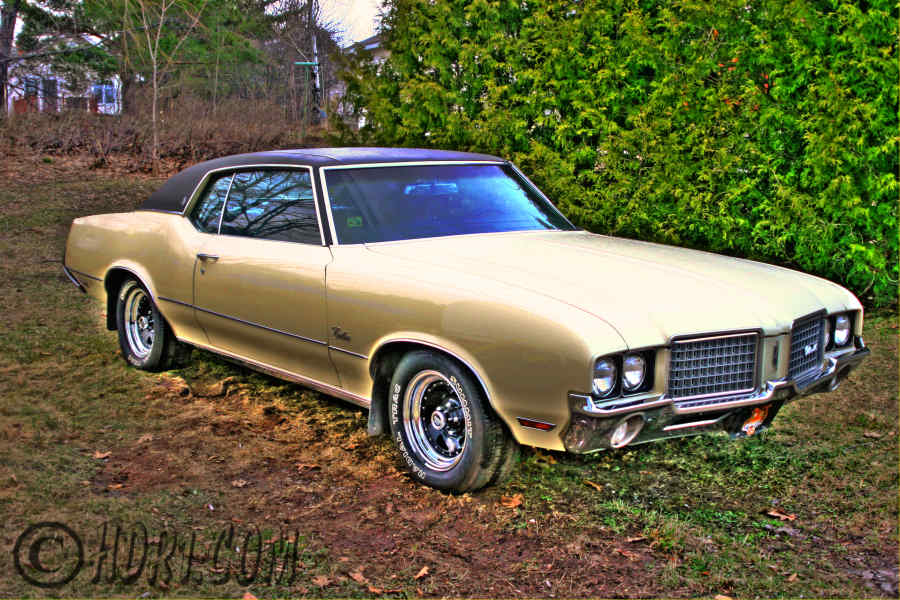 Hdr photography photo image 1972 Oldsmobile Cutlass Supreme Upper Peninsula Michigan